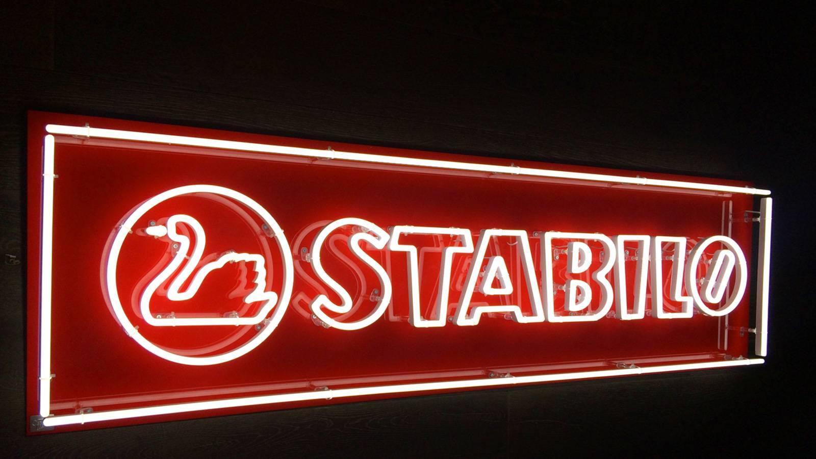 Neon light sign red Stabilo