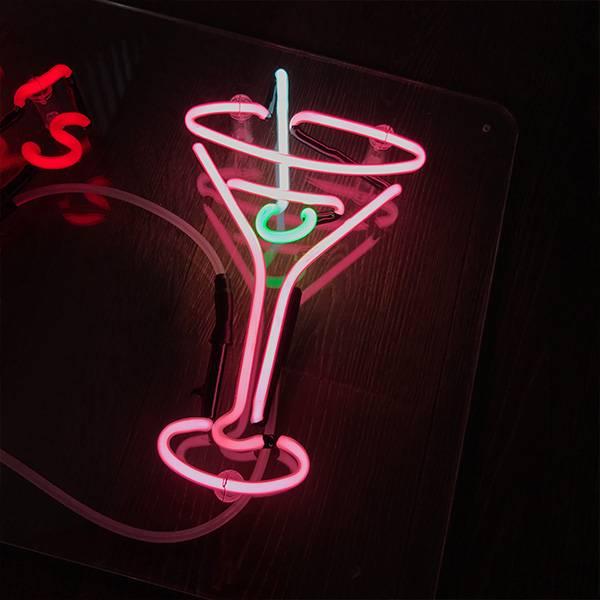 neon light cocktail class pink