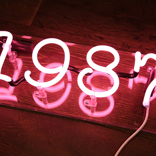 Neon light numbers 1987 pink