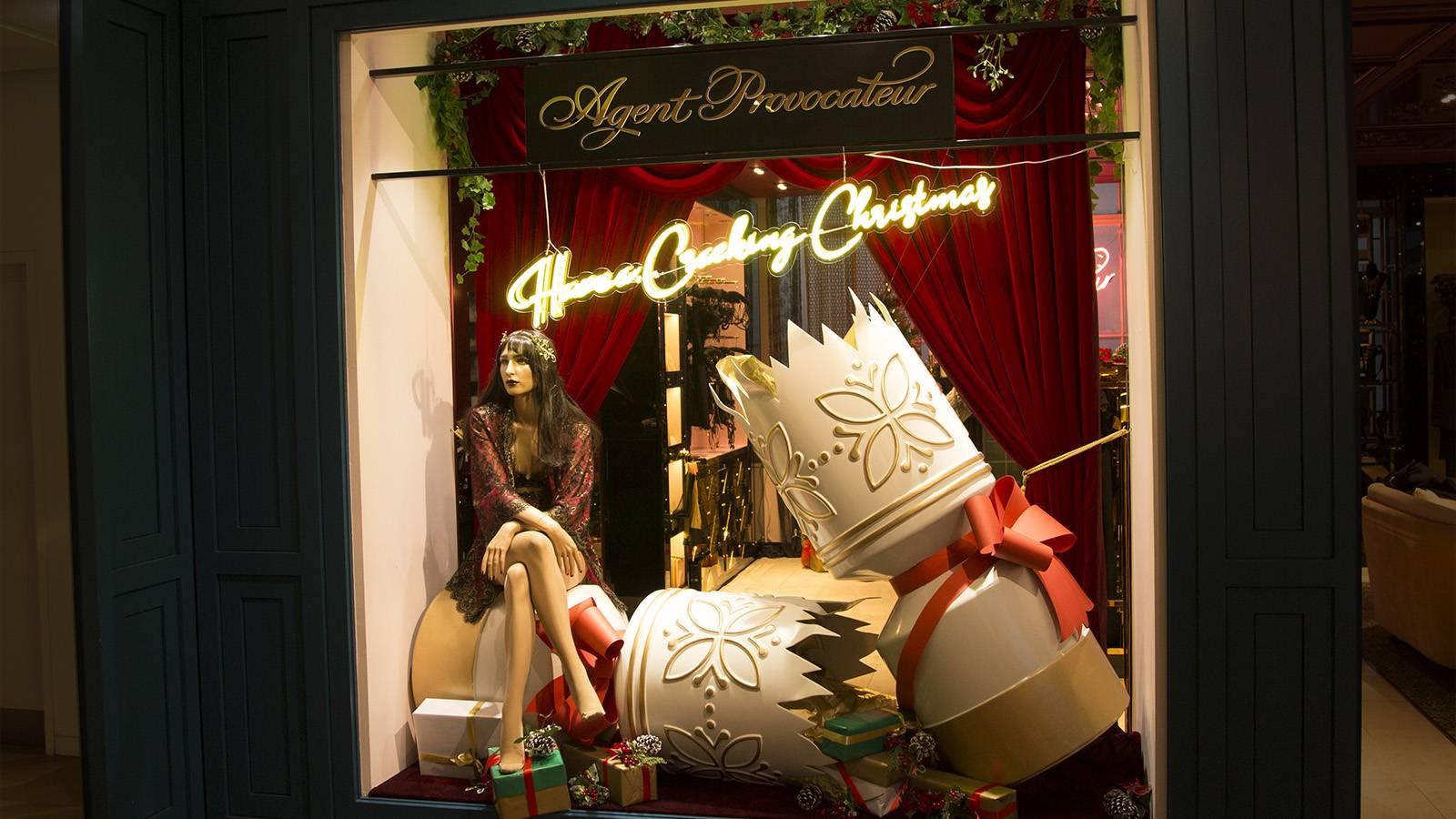 Christmas Lighting Retail Display